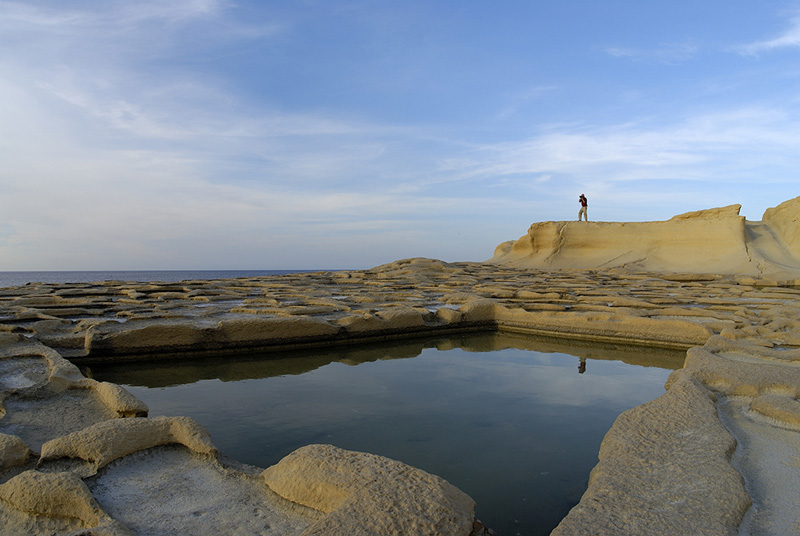 While in Gozo, discover the Old Salt Pans in form of chequerboards along the coastline and learn about the salt tradition.